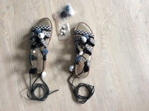 Sandalo romano bianco-nero