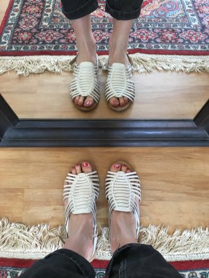 Faith Roman Sandals white