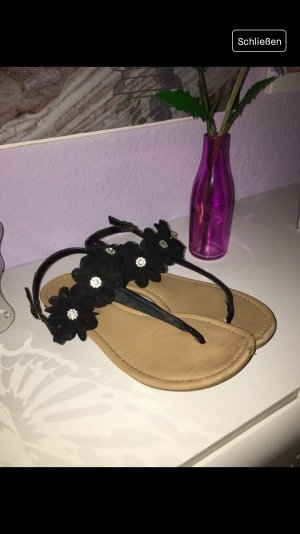 Primark Toe-Post sandals black