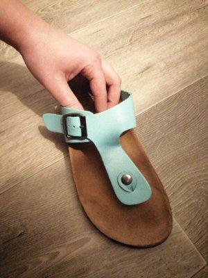 Sandalias de tacón de tiras turquesa