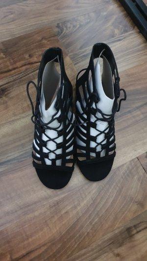 New Look Sandalen met bandjes en hoge hakken zwart