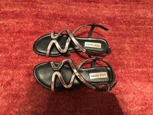 Steve Madden Sandalo con cinturino nero-argento