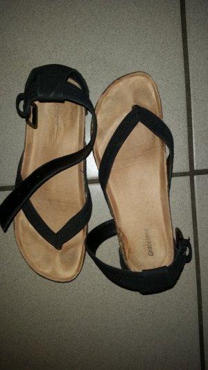 Graceland High-Heeled Toe-Post Sandals black