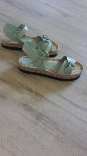 Sandalen -absolutes Must have diesen Sommer