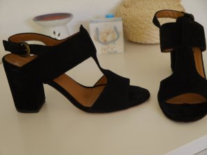 Anna F. Sandals black leather