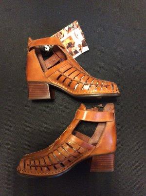 Sandalen aus Leder von Pikolinos ( ungetragen )