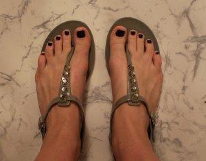 Sandalen aus Silikon in TAUPE !