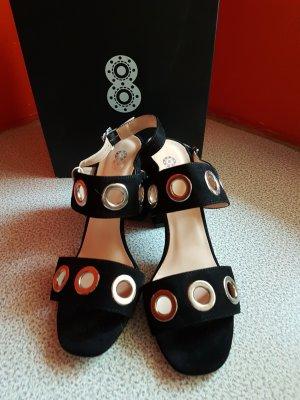 8 Sandalen met bandjes en hoge hakken zwart-zilver