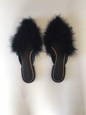 Zara Flip-Flop Sandals black