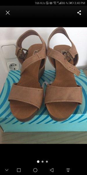 Wedge Sandals beige