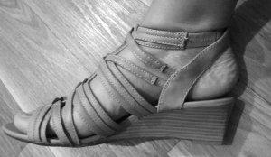 Sandalen - beige - Gr. 40