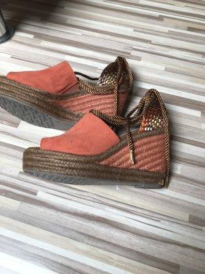 Sandalen die nie getragen wurden