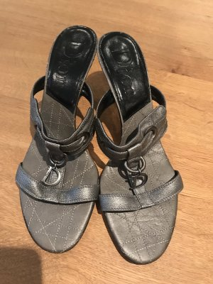 Dior Sandalo con cinturino grigio