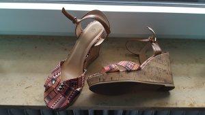 Sandalias de tiras marrón