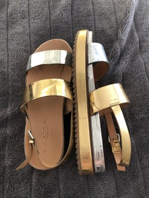 Zara Sandalias de tiras color oro-color plata
