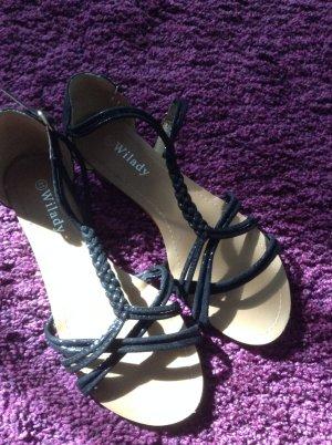 Sandalen Größe 41 nagelneu