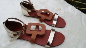 Sandalen in angesagter metallic-optik