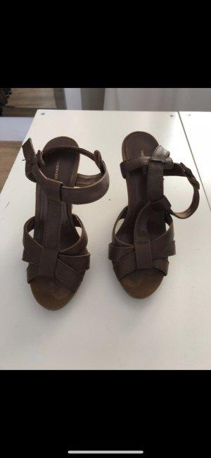 Sandalen in Conjacbraun NEU