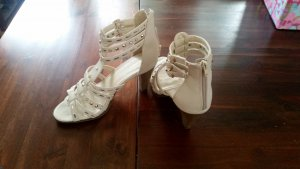 Deichmann High Heel Sandal cream imitation leather