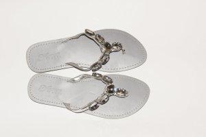 Sandalen in silber mit Steinen GR 39