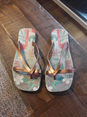 Ipanema Flip-Flop Sandals multicolored