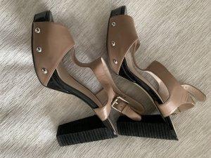 High-Heeled Sandals beige-camel