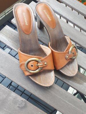 Graceland Sandales à talons hauts et plateforme brun