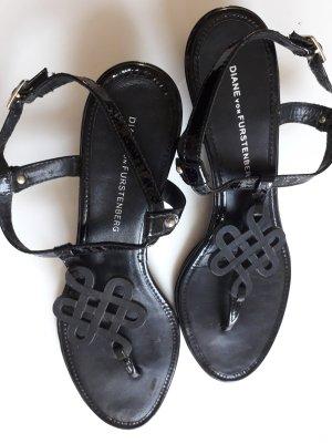 Diane von Furstenberg Strapped High-Heeled Sandals black