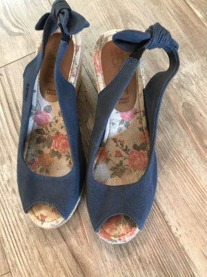 Sandalen mit Keilabsatz/Esprit