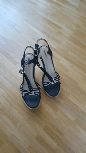 Sandalen mit Keilabsatz Größe 40