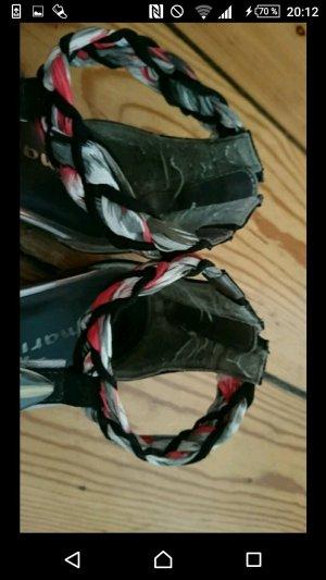 Sandalen mit kleinem Reißverschluss