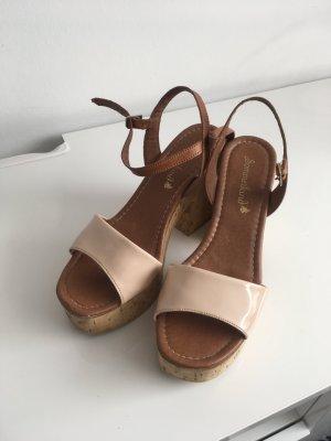 Sandalen mit Korckabsatz