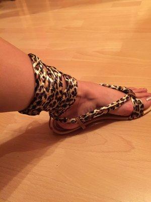 Sandalen mit Leoprint Bänder, TOP!!