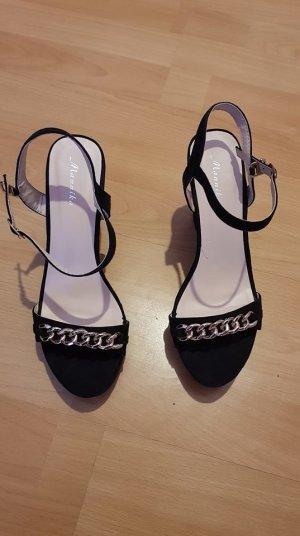 Sandalo con cinturino nero-oro Finta pelle