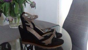 Plateauzool sandalen zwart-beige Suede