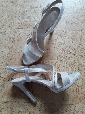 Sandalen met bandjes goud-beige