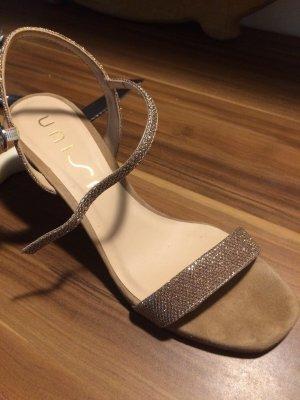 Sandalen, Sandaletten