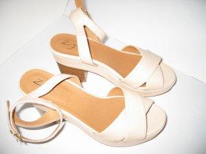 Sandalen Sandaletten Riemchen Blockabsatz Gr. 38 beige ZIGN