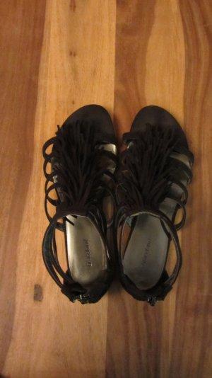 Sandalen, schwarz, mit Fransen von Deichmann – Gr. 39