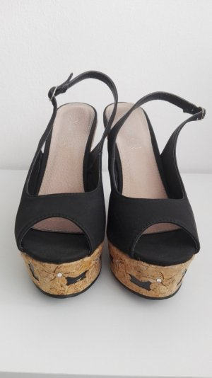Sandalen schwarz  mit Plateaukeilabsatz von Juliet