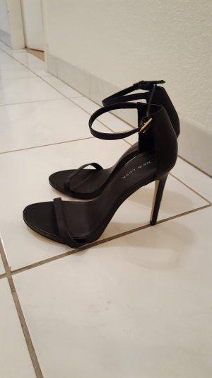 Sandalen schwarz und schick