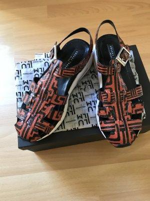 Sandalo nero-ruggine