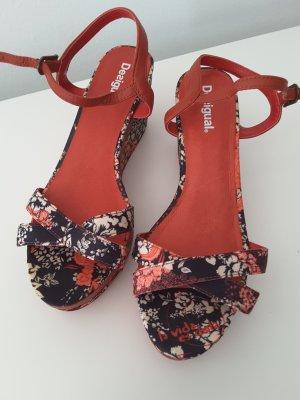 Desigual Sandalo con plateau multicolore Fibra tessile