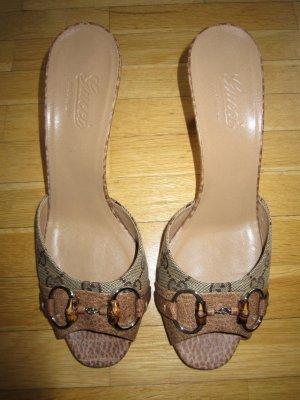 Sandalen von Gucci mit Absätzen
