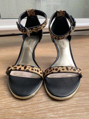 Sandalen von Guess