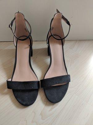 H&M Sandalias de tacón de tiras negro Cuero