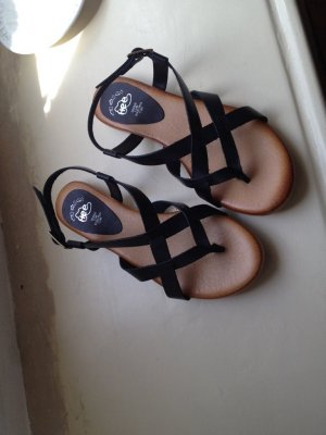 Strapped Sandals black leather