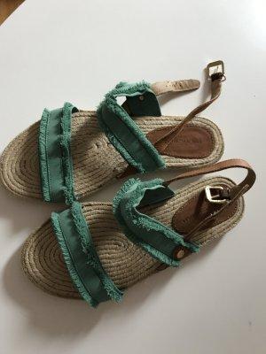 Sandalen von Hilfiger neu in Größe 38!
