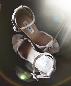☆ Sandalen von NLY☆