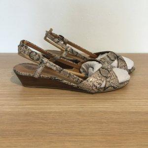 Sandalen von Oasis mit Holzabsatz